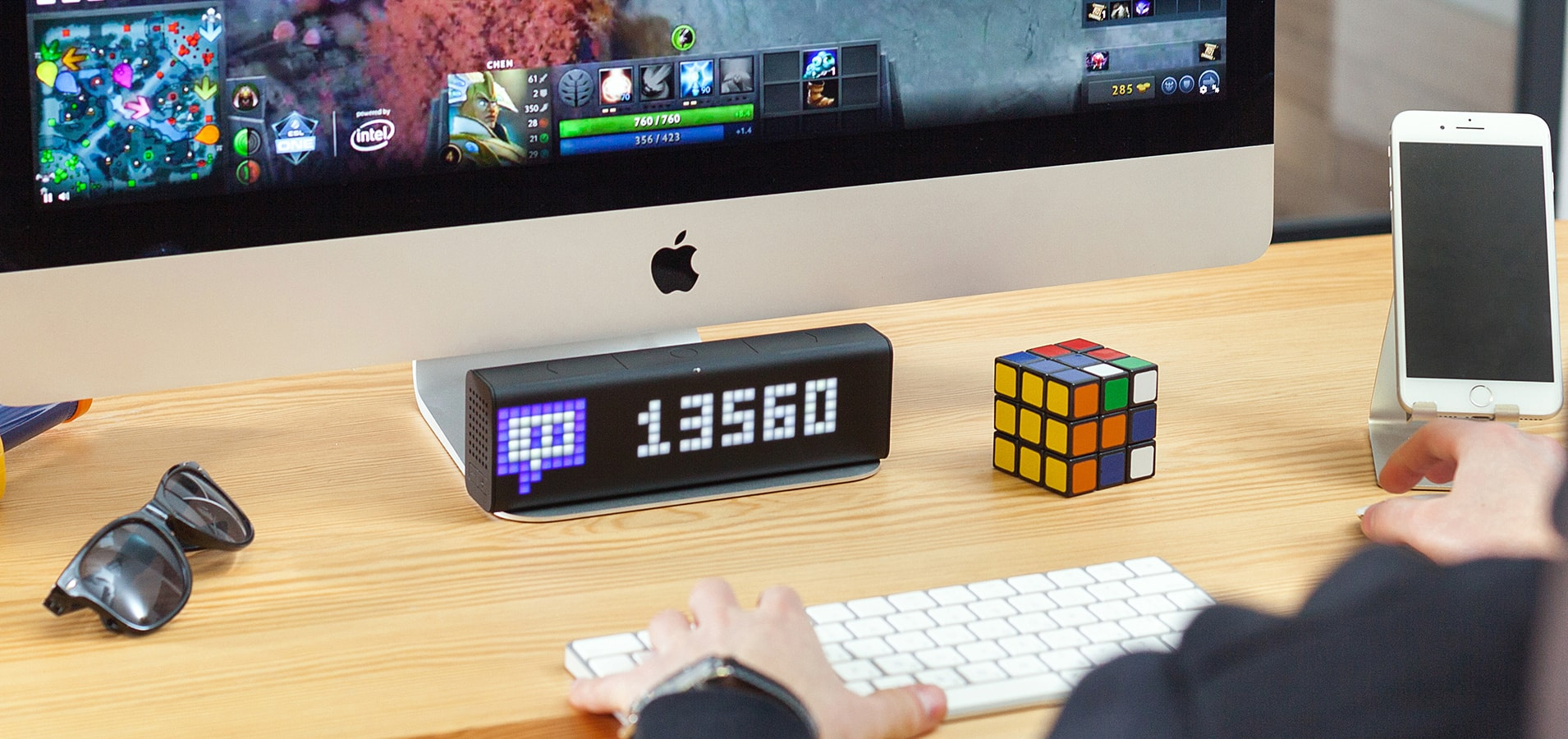 LaMetric Time smart clock complements the desk setup and displays number Mixer followers